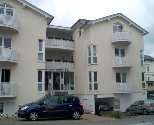 Rügen Ferienappartements Haus Außenansicht Villa Monika in Sassnitz